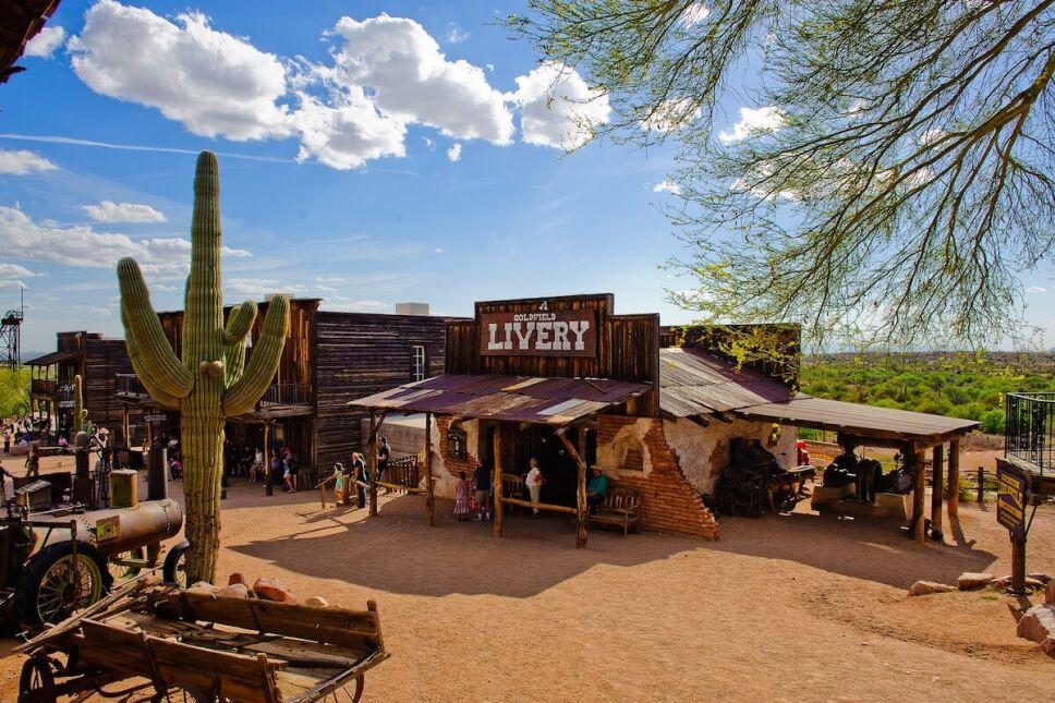 golfield-pueblo-fantasma-en-arizona-a-visitar-visit-mesa.jpg