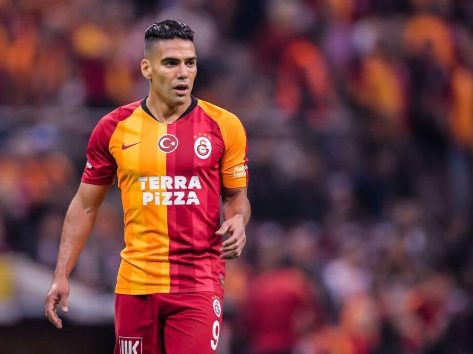 Radamel Falcao pudo salir del Galatasaray