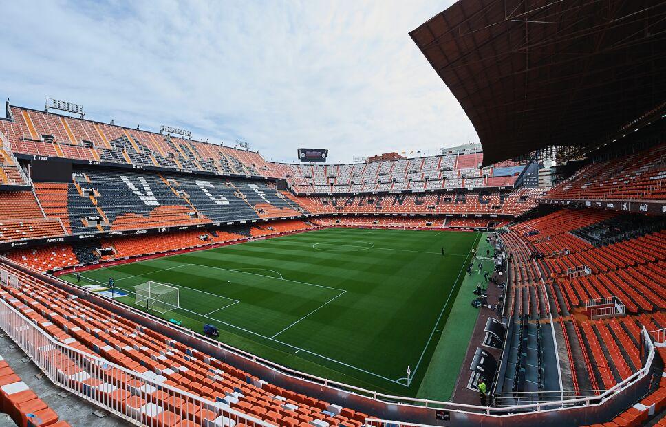 La UEFA anunció partidos a puerta cerrada de Champions y Europa League