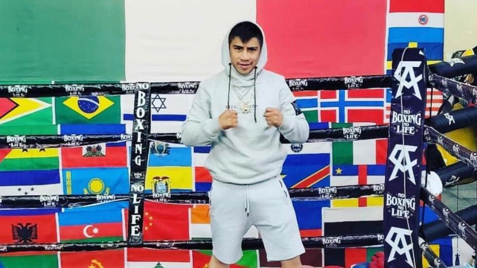 Julio César Rey Martínez box azteca
