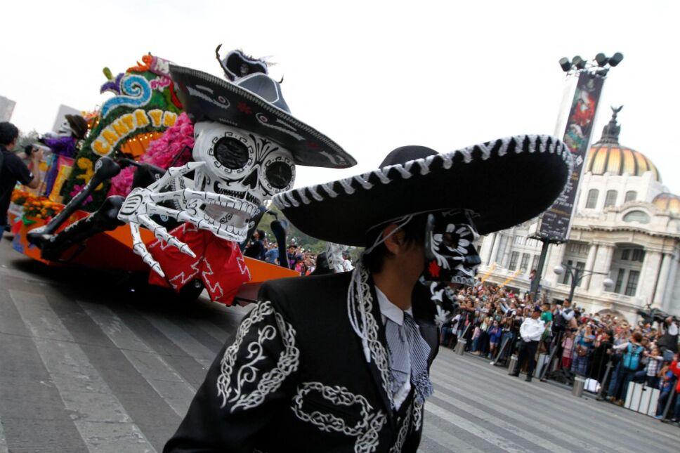 Desfile de Día de Muertos 2021: Fecha, horarios y ubicaciones para observarlo