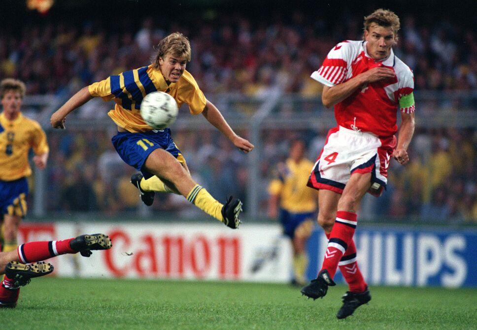 Sport, Football, 14th June 1992, European Championship, Sweden 1 v Denmark 0, Sweden's Thomas Brolin shoots past Denmark defender Lars Olsen
