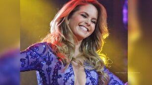 VIDEO: Lucero bailó al ritmo de 'Electricidad' junto a una escoba: la mexicana aprovechó para unirse a un famoso reto viral.