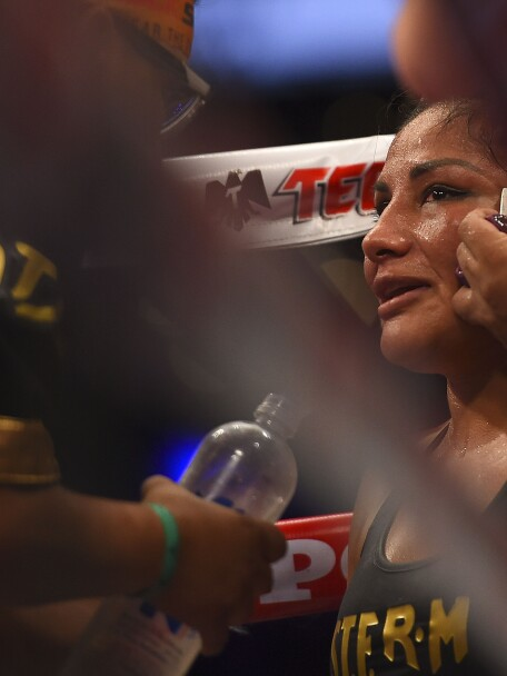 Barby Juárez pelea Jackie Nava