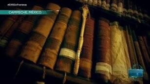 Escalofriante biblioteca sobre cementerio