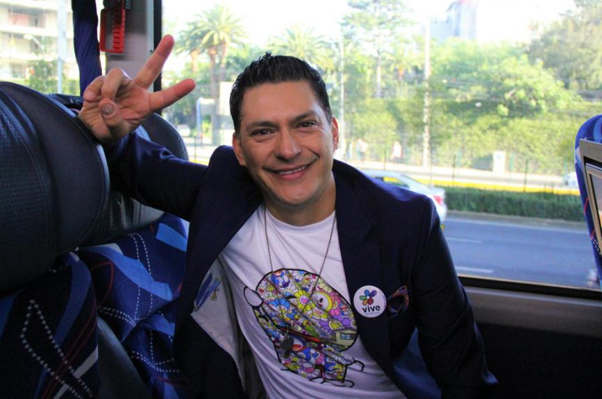 Juan Barragán viajando cómodo en Omnibus de México