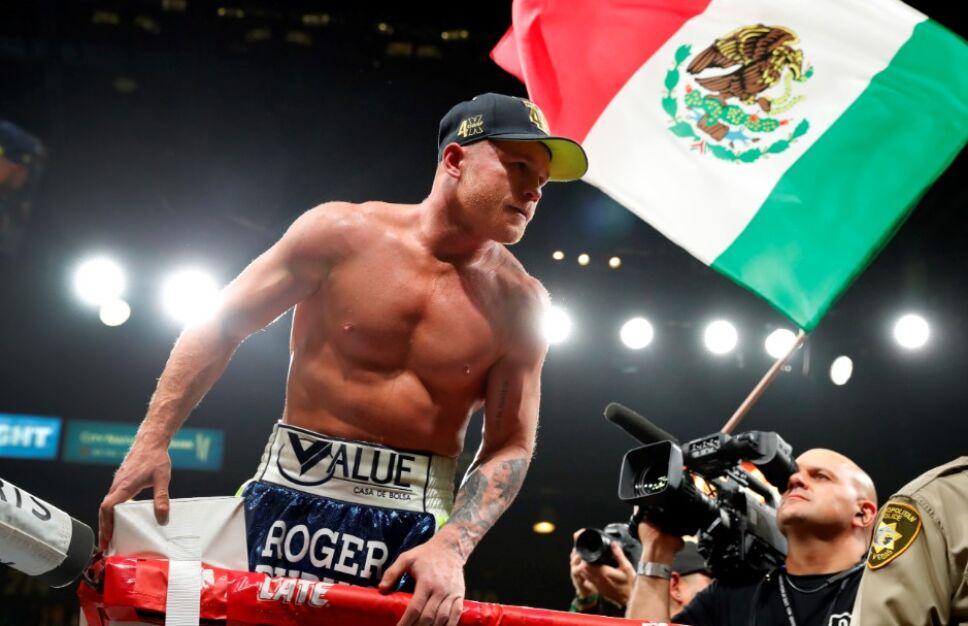 Canelo Álvarez vs Billy Joe Saunders