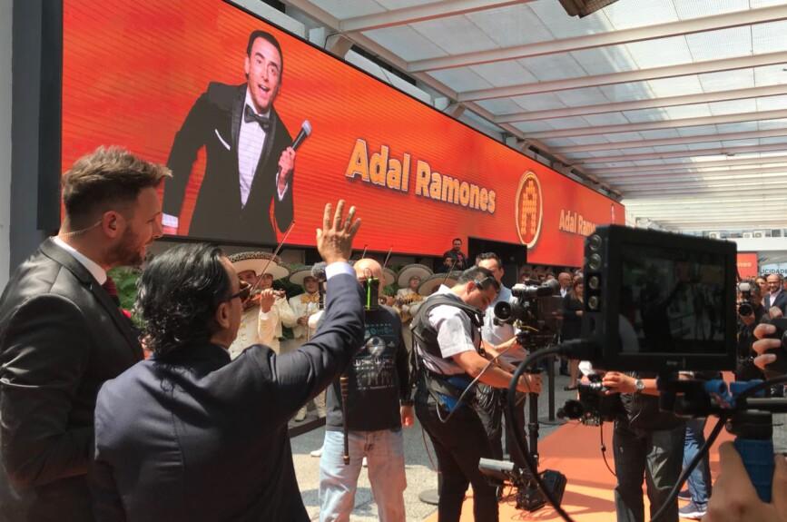 TV Azteca se vistió de gala.
