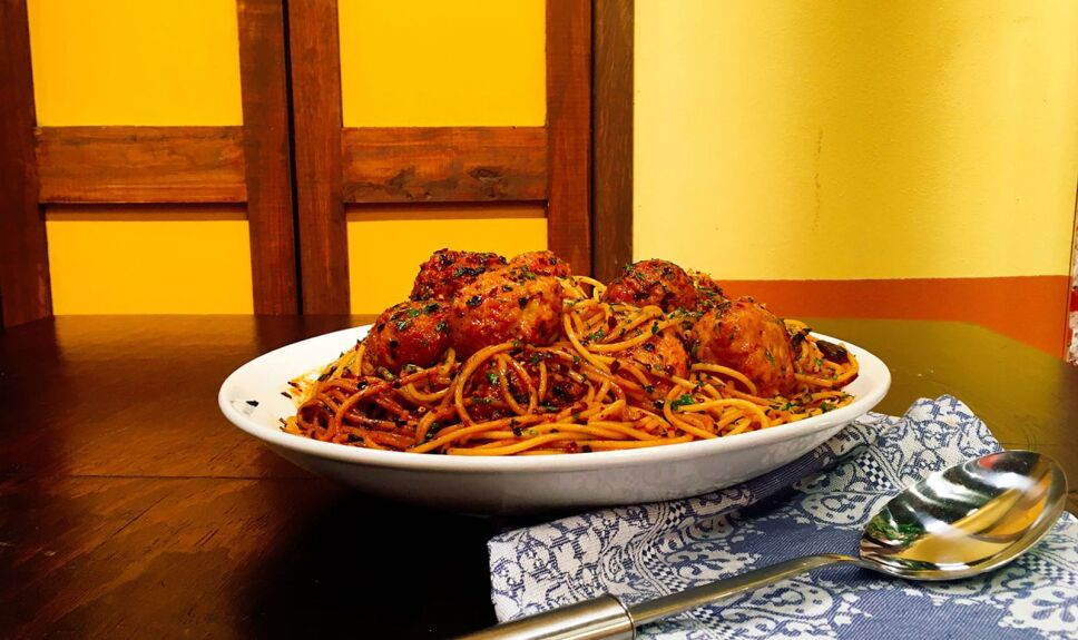Receta Espaguetti con albóndigas de camarón Cocineros Mexicanos