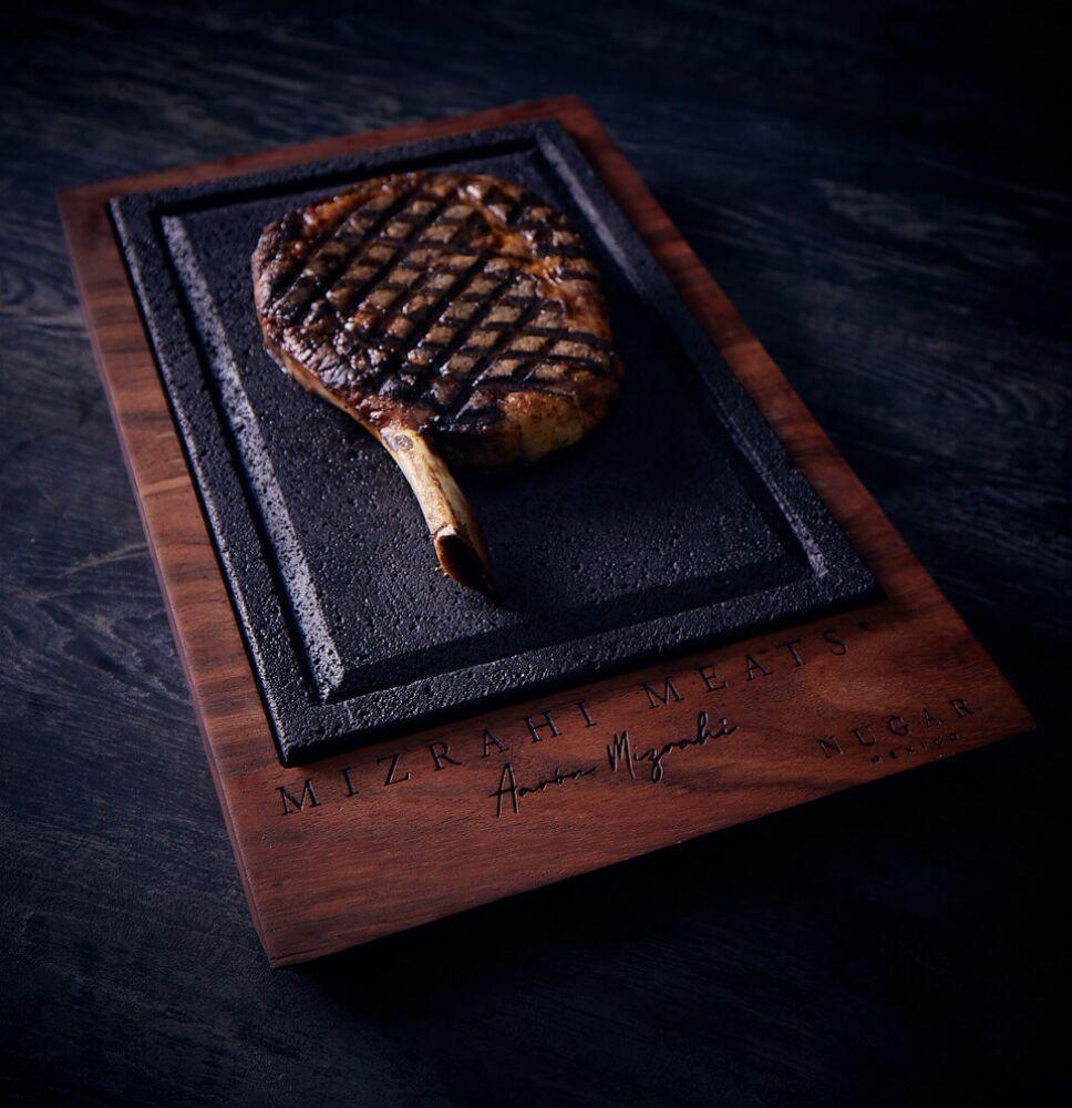 Nugar plancha de piedra volcanica para cortes de carne
