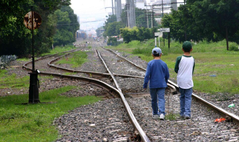 Niños migrantes Azteca Noticias