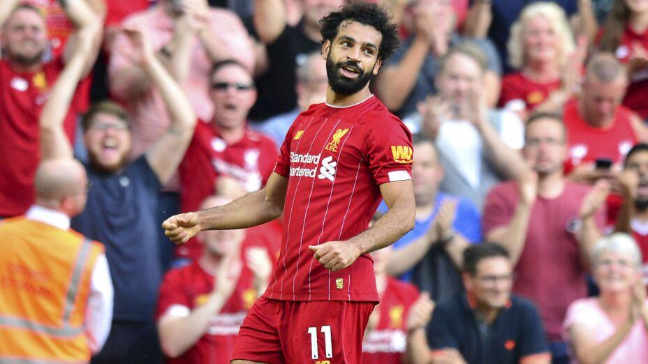 Mohamed Salah festeja tras marcar un gol para Liverpool en la victoria 3-1 ante Arsenal en la Liga Premier inglesa, el sábado 24 de agosto de 2019. Imagen, AP.