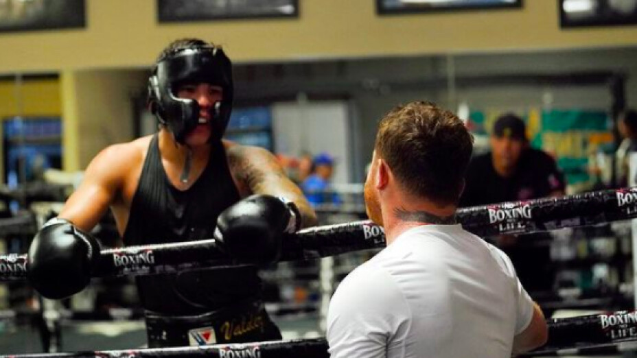Óscar Valdez y Canelo Álvarez boxeadores