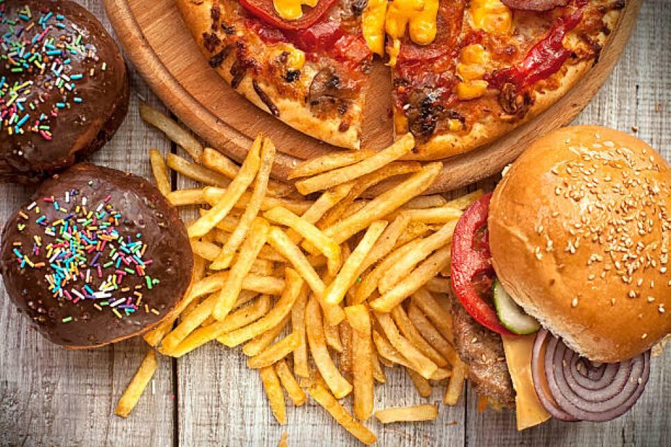 comidaconcarbohidratosazucaresygrasas.jpg