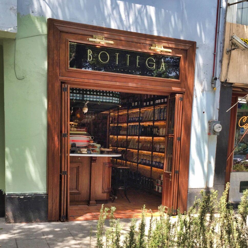 Bottega colonia Roma vino italiano quesos Marco Carboni