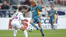 El 'matador', Luis Hernández tuvo un paso fugaz por el equipo de los ángeles y anotó  15 goles.