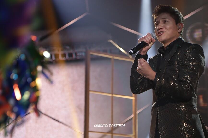 Alexis demostró que disfruta cantar en el escenario.