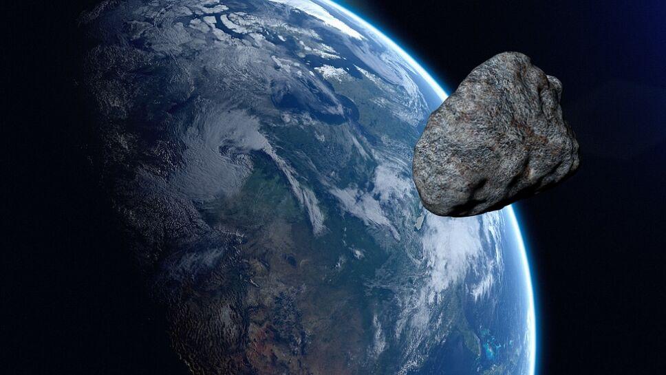 Asteroide, Tierra, septiembre a.jpg