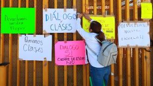Reunión con encapuchados de la Prepa 5 de la UNAM