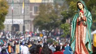 Peregrinos y en la Basílica de la Virgen de Guadalupe