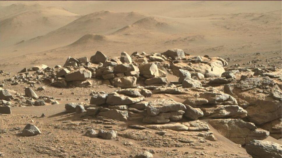 Marte, dunas, rocas A.jpg
