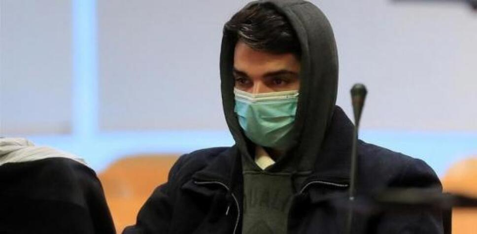 """El """"caníbal de Ventas"""" fue condenado a 15 años de cárcel tras ser declarado culpable de asesinar, descuartizar y comer a su madre en Madrid, España."""