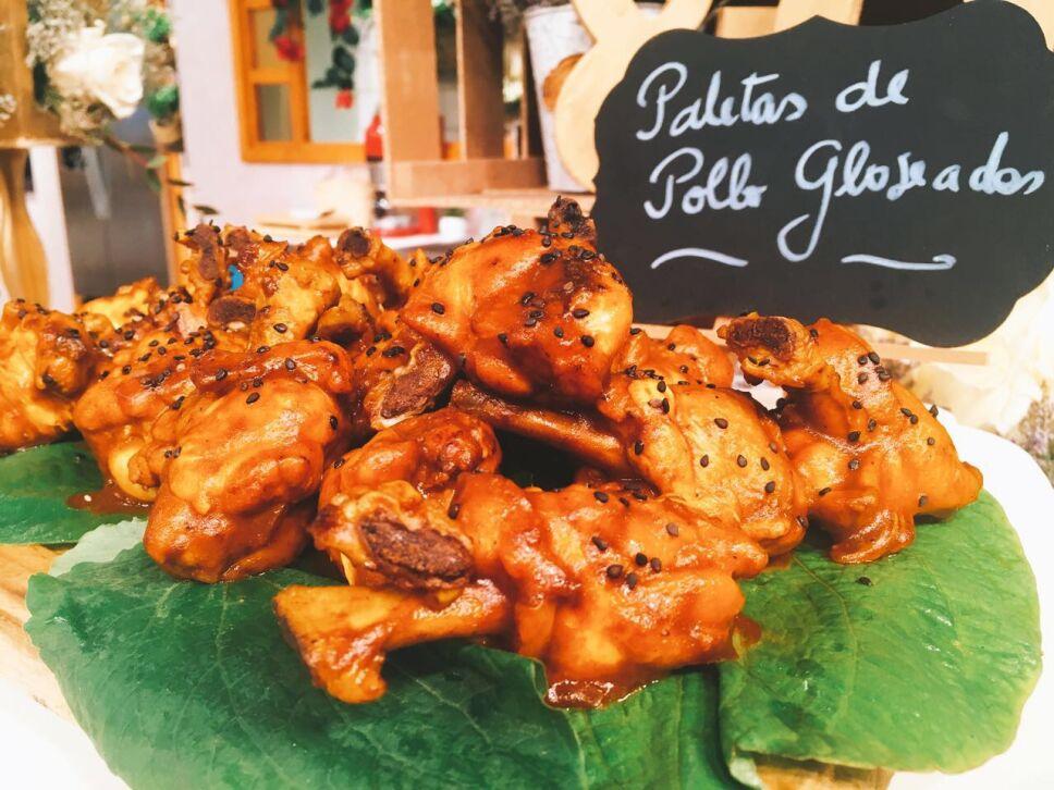 Paletas de pollo glaseado, cocineros mexicanos
