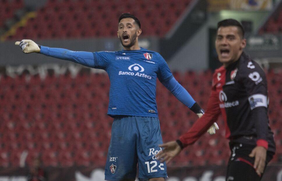 Camilo Vargas espera complicado reto ante Pumas en la Jornada 4