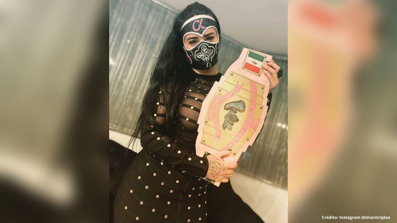 2 Lady Shani AAA INstagram fotos luchadora.jpg
