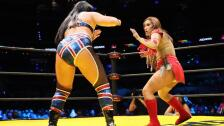 Kenny Omega vs Faby Apache Triplemania