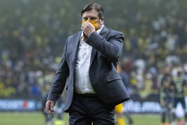 Piojo Herrera, entrenador de Tigres