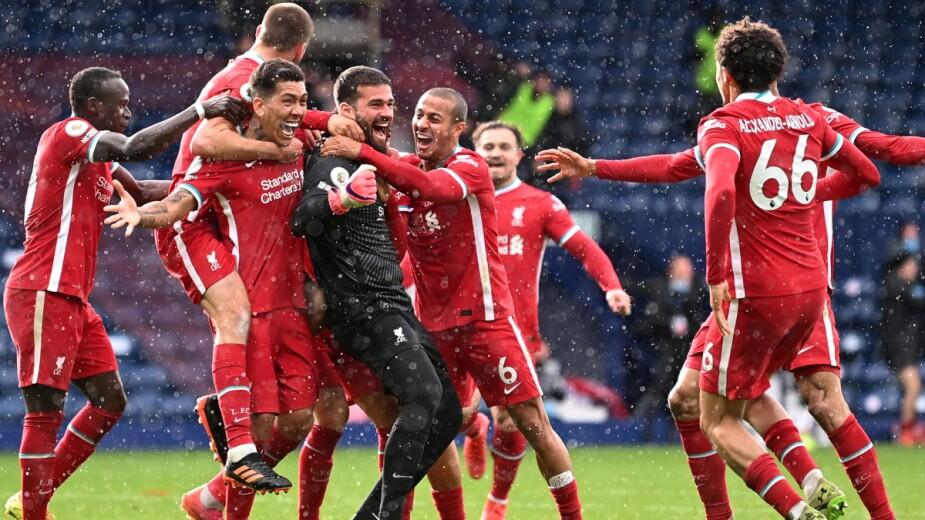 Alisson anota gol para el Liverpool
