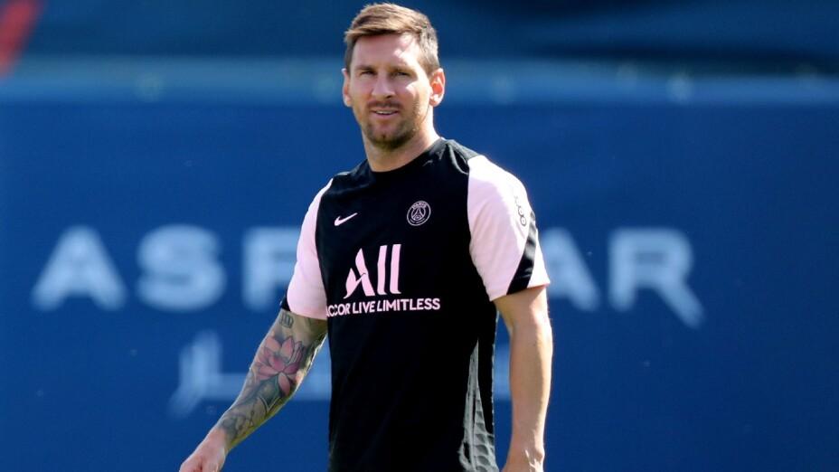 Messi entrena con el PSG