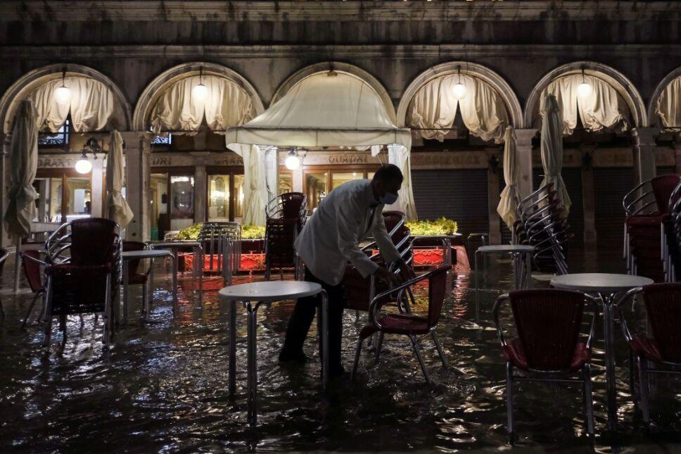 plaza de san marcos venecia inundaciones.jpg