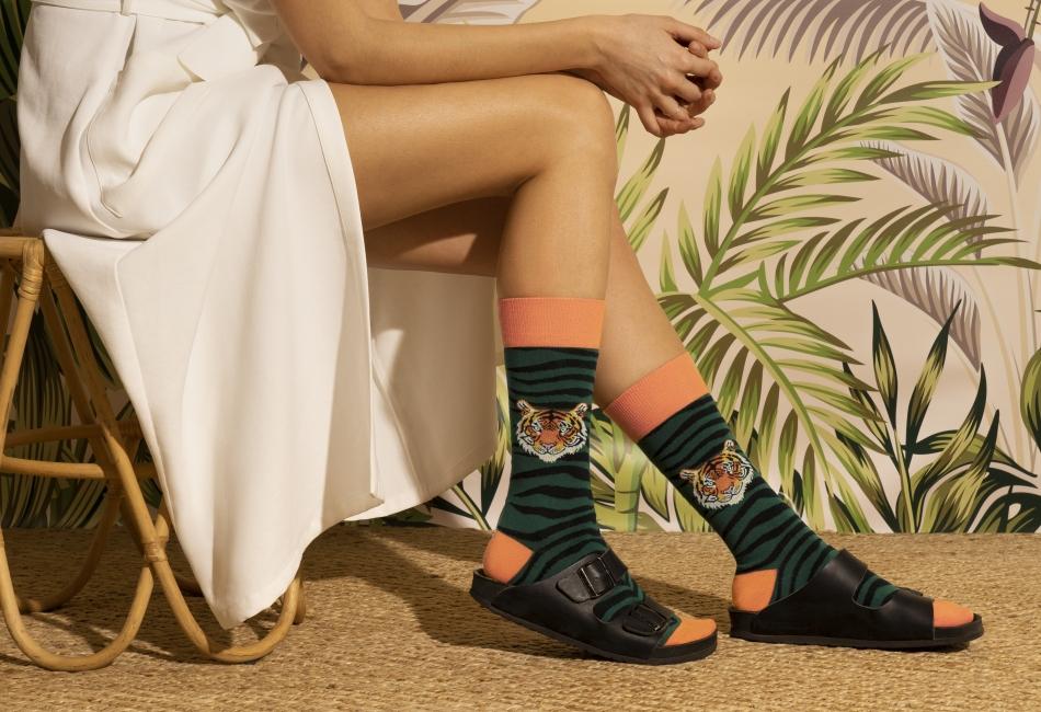 Y justo esto es lo que hizo Jimmy Lion con su nueva colección de calcetines primavera-verano 2021, inspirado en Jungle.