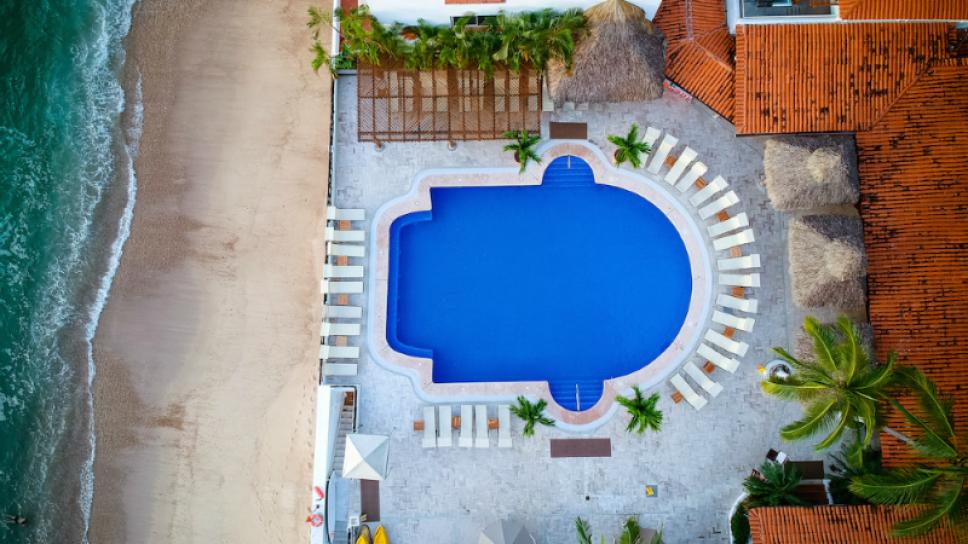 costa sur pool