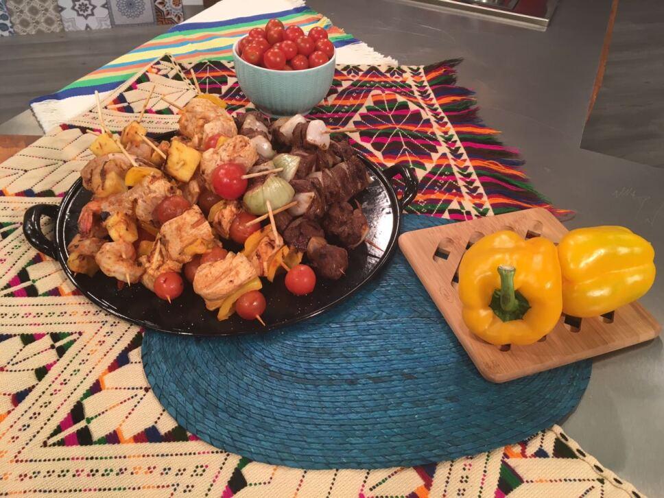 Brochetas Cocineros Mexicanos