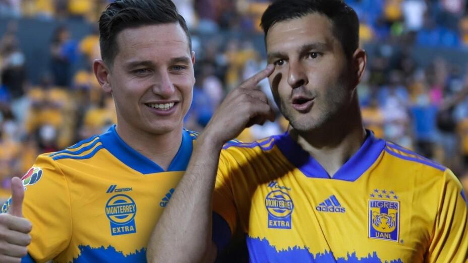 Florian Thauvin y Pierre Gignac Tigres.jpg
