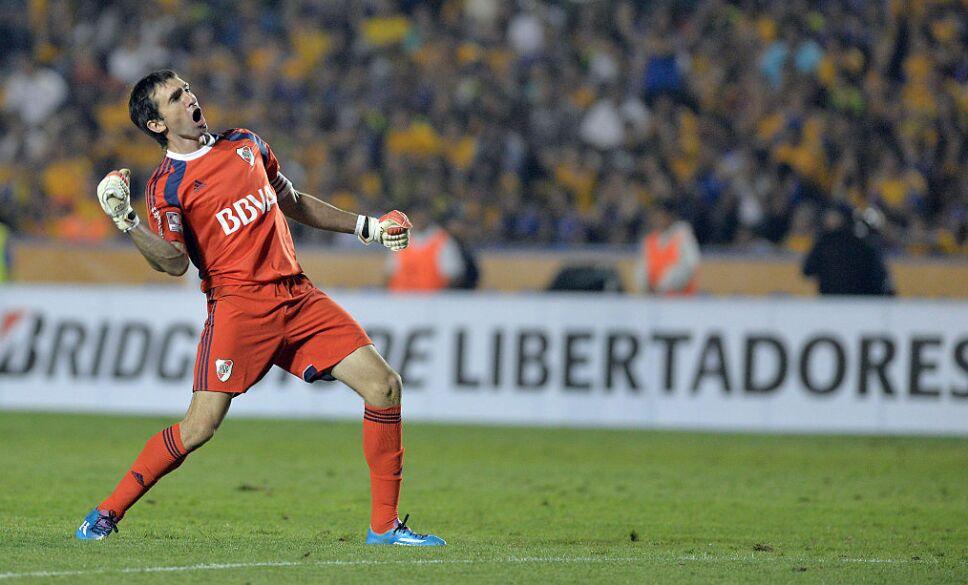 Barovero ganó la Copa Libertadores ante unos tristes Tigres