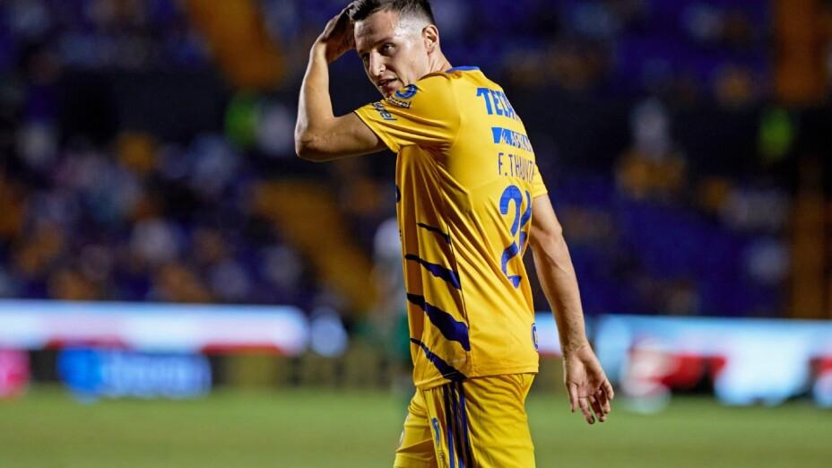 Thauvin sale expulsado en su debut con Tigres