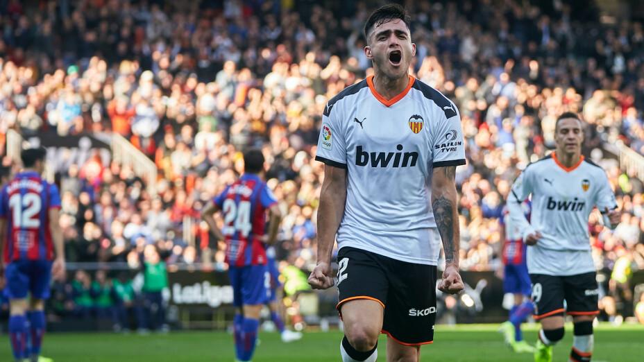 ¡Valencia se aferra a los primeros lugares de la Liga!