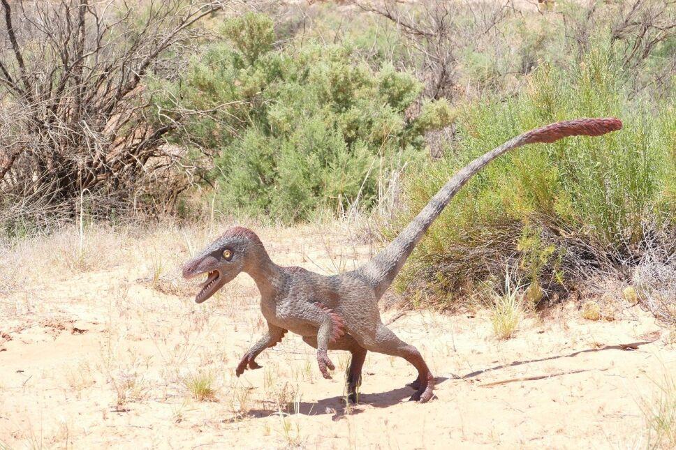 dinosaurios, mitos, cine b.jpg