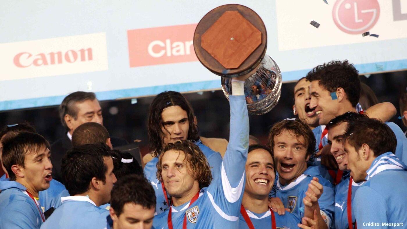 8 campeones ganadores Copa América 1995 2019.jpg