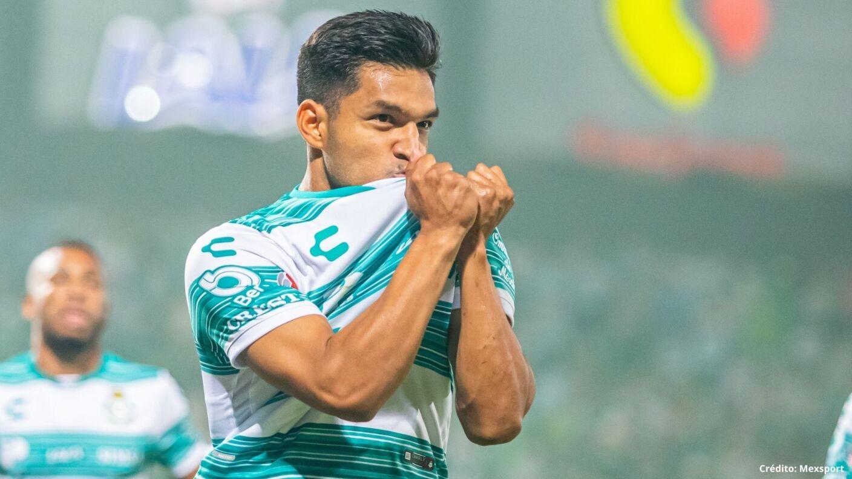 6 delanteros mexicanos eduardo agurre mudo.jpg