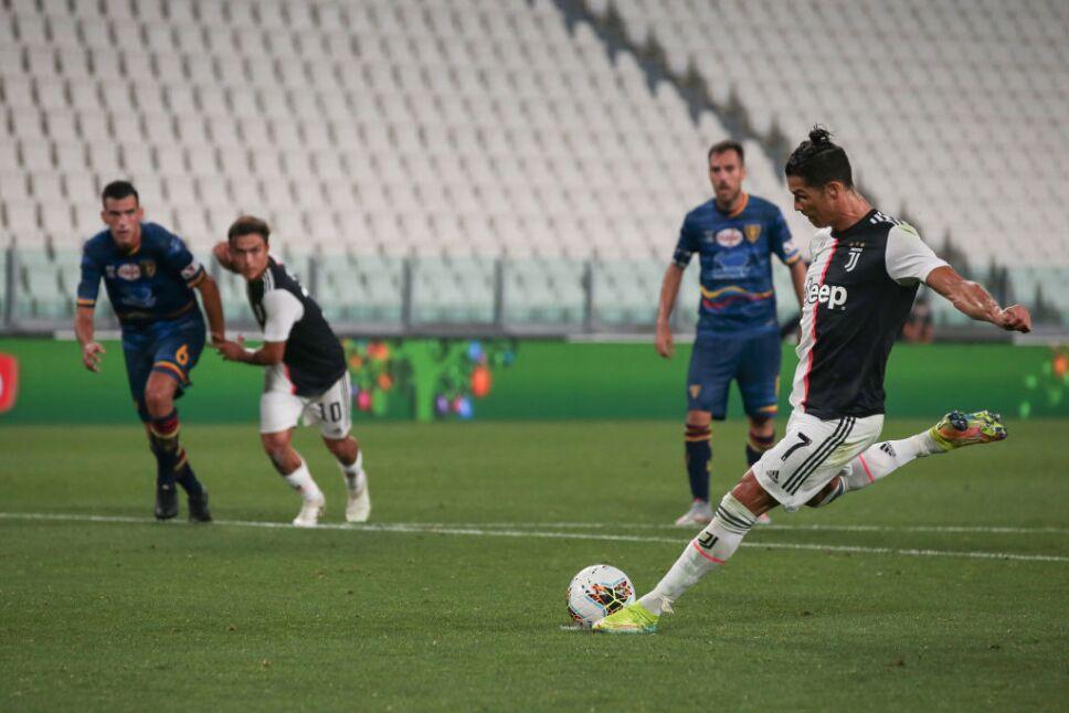 Cristiano Ronaldo anotó de penal ante el Lecce