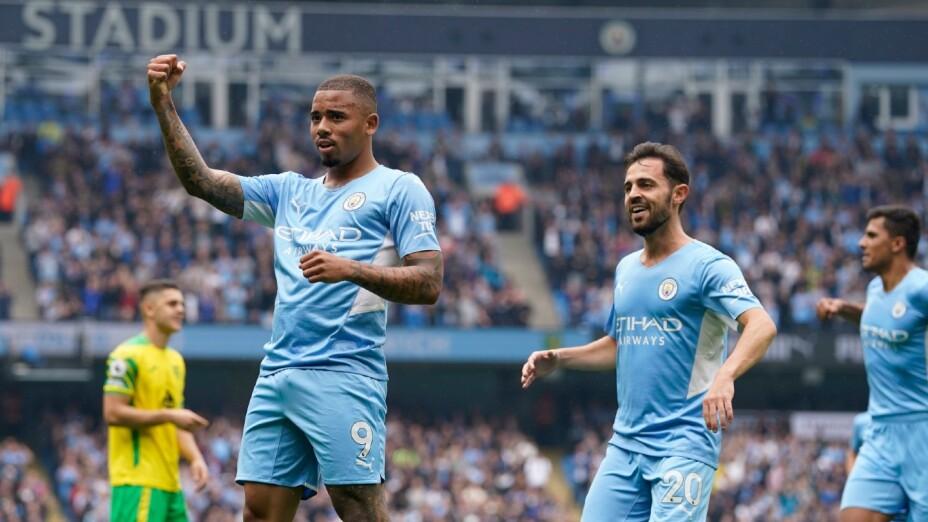 Gabriel Jesús celebra con el Manchester City