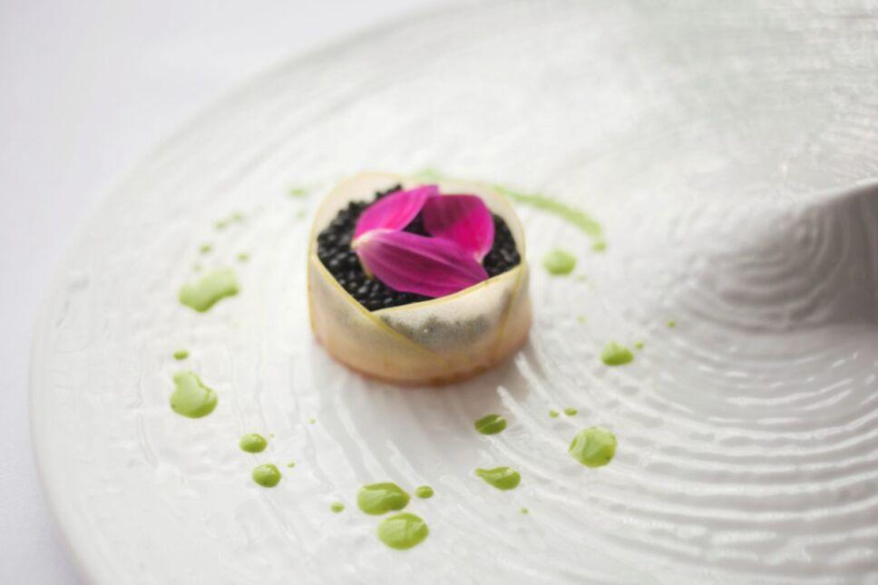alinna disfruta texturas aromas y sensaciones de una comida que alcanza otro nivel