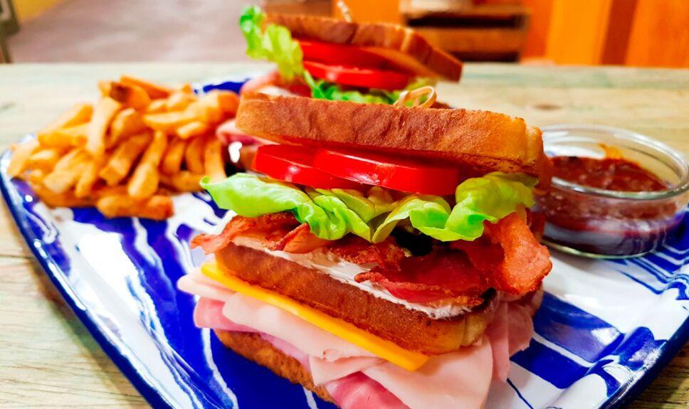 Receta Club sandwich