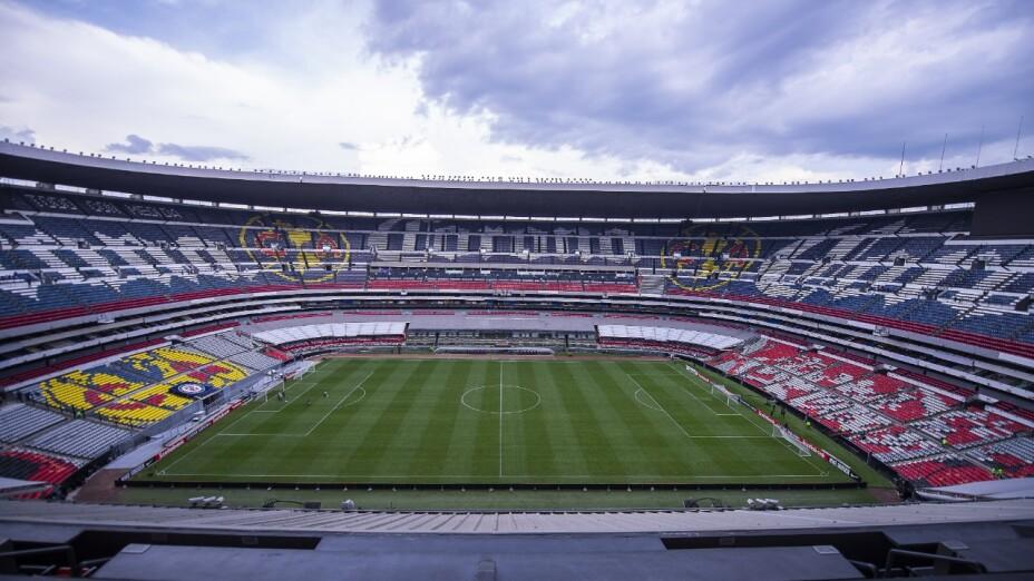 Estadio Azteca lleno en Clásico Nacional.