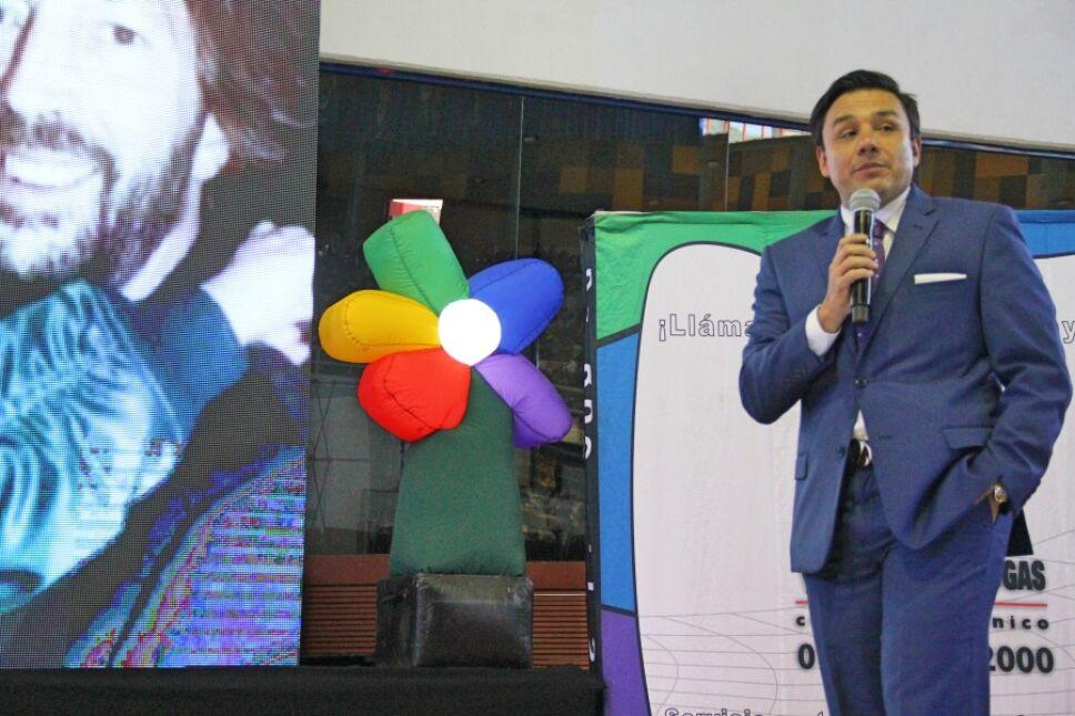 Nuestro invitado especial, Esteban Macías